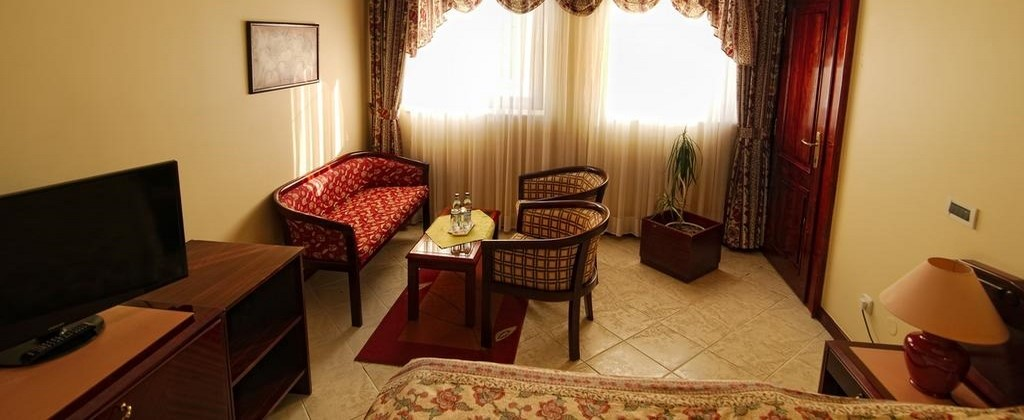 Ubytovanie v Bardejove izba Standard King pre 1os. Hotel Bellevue